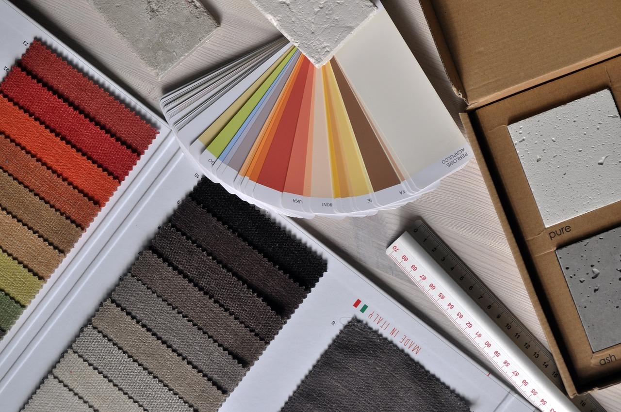 Quelle est la différence entre un architecte d'intérieur et un décorateur?
